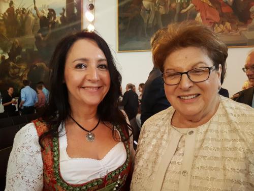 2018-06-27 Helga Huber CSU Ausstellungseroeffnung mit Barbara Stamm im Landtag