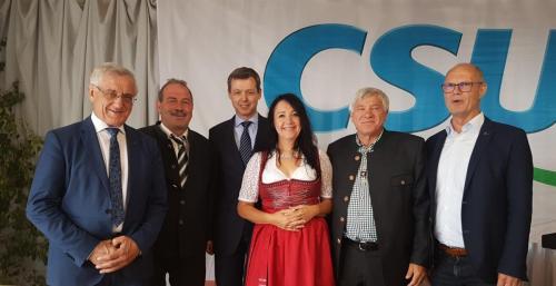 2018-07-22 Helga Huber CSU politischer Fruehschoppen in Engelsberg mit MdB Thomas Silberhorn