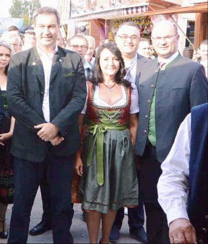 2018-08-26 Helga Huber CSU Mit Markus Soeder und Albert Fueracker