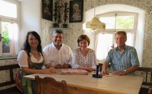 2018-09-09 Huber Helga CSU Kartoffeltag in Pavelsbach mit Buergermeister Horst Kratzer
