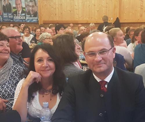 2018-09-30 Helga Huber CSU Wolfsricht-Gstanzl mit Renate Meier und a weng Politik